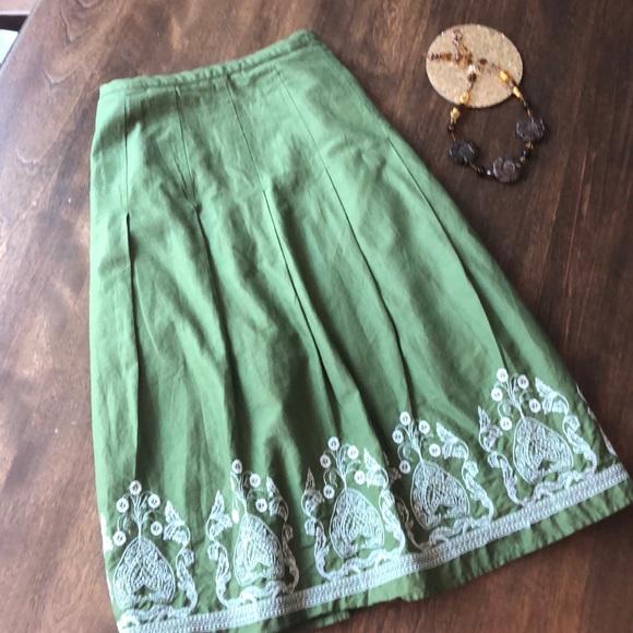 Ann Taylor Dresses & Skirts - Ann Taylor Sage Green Embroidery Skirt